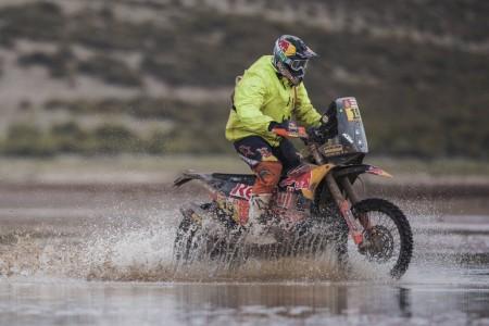 Dakar 2018, etapa 8: Méo se impone, Barreda tira de épica