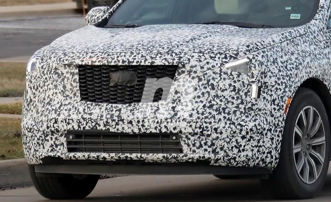 Cadillac XT4 - foto espía frontal