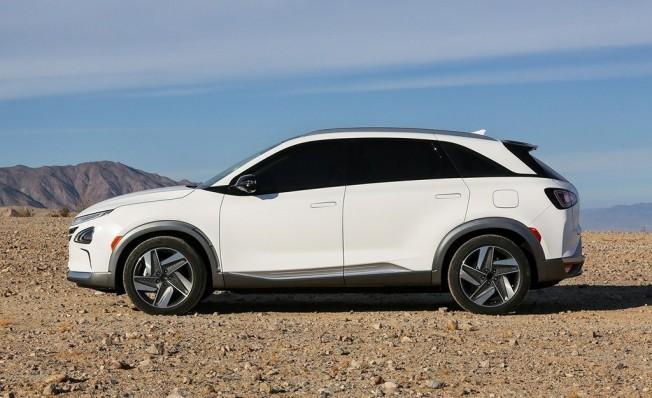 Hyundai Nexo - lateral