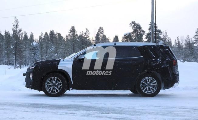 Hyundai Santa Fe 2019 - foto espía lateral