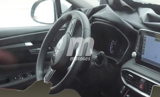 Hyundai Santa Fe 2018 - foto espía interior