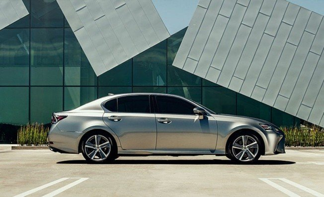 Lexus GS 300h Edition - lateral
