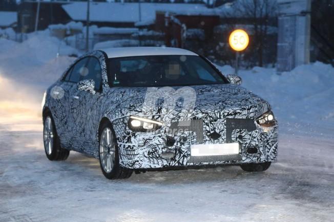 Mercedes Clase CLA 2020 - foto espía frontal