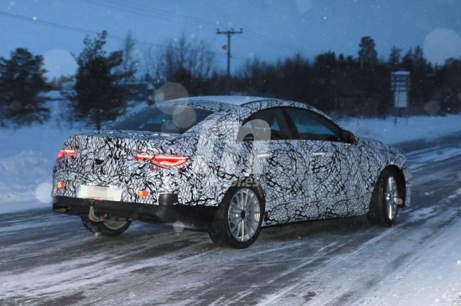 Mercedes Clase CLA 2020 - foto espía posterior