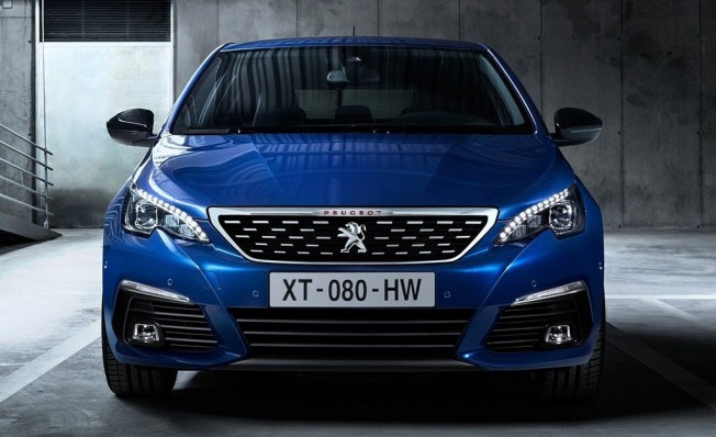 Peugeot 308 GT - frontal