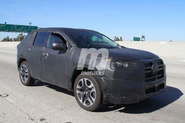 Toyota RAV4 2019 - foto espía