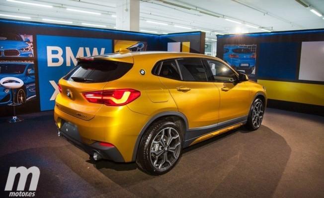 BMW X2 - posterior