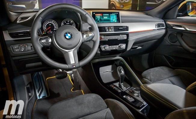 BMW X2 - interior