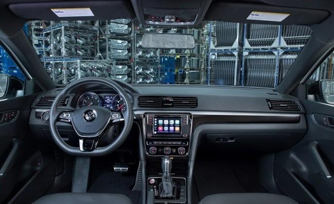Volkswagen Passat GT 2018 - interior
