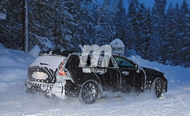 Volvo V60 2018 - foto espía posterior