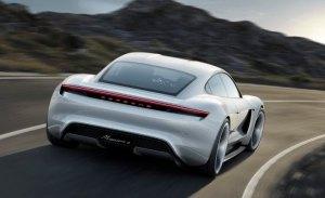 Porsche desarrolla nueva plataforma para superdeportivos eléctricos