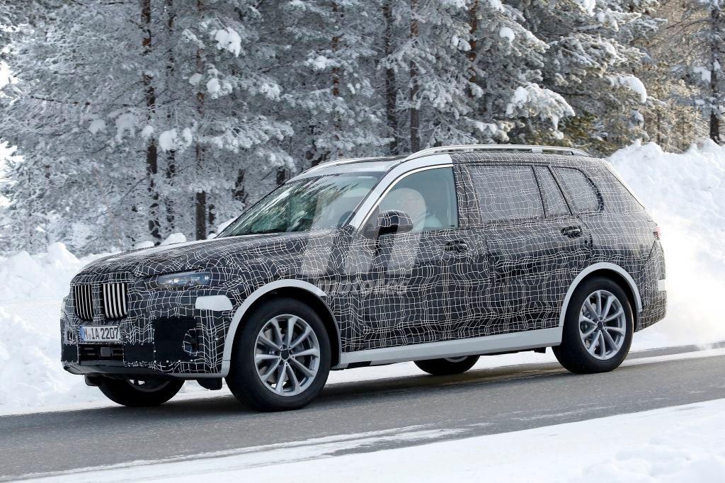 El nuevo BMW X7 2019 ultima su desarrollo en la nieve