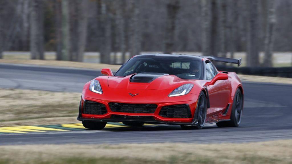 El Chevrolet Corvette ZR1 bate el récord del Ford GT en el VIR
