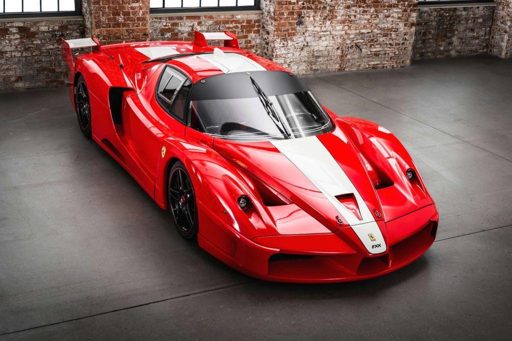 Un Ferrari FXX a estrenar a la venta este fin de semana en Retromobile