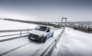 Mercedes muestra las pruebas de invierno de la nueva eVito previas a su comercialización