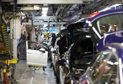 """El """"Brexit"""" ya afecta a la industria británica del motor"""