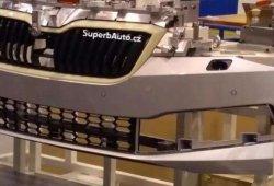 Filtrado el nuevo paragolpes frontal del actualizado Skoda Superb