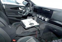 Un vistazo al interior de Mercedes-AMG GT4 antes de su debut en Ginebra