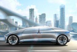 Mercedes y Bosch lanzarán una flota de taxis autónomos en 2018