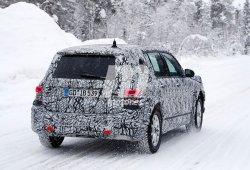 El nuevo Mercedes Clase GLB deja entrever sus ópticas traseras