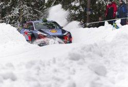 Ofensiva de Thierry Neuville en el inicio del Rally de Suecia