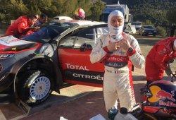 Sébastien Loeb se sube al Citroën C3 WRC en Almería