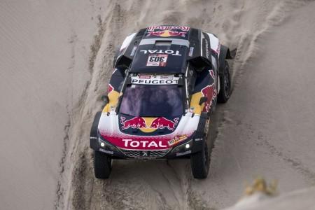 Sainz celebra su Dakar 2018 con una exposición en Madrid