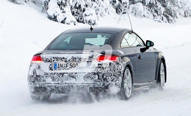 Audi TTS 2019 - foto espía posterior