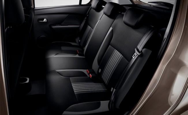 Dacia Sandero SL Nómada - interior