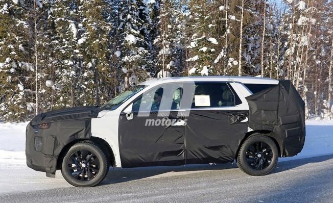 Hyundai SUV 8 plazas - foto espía