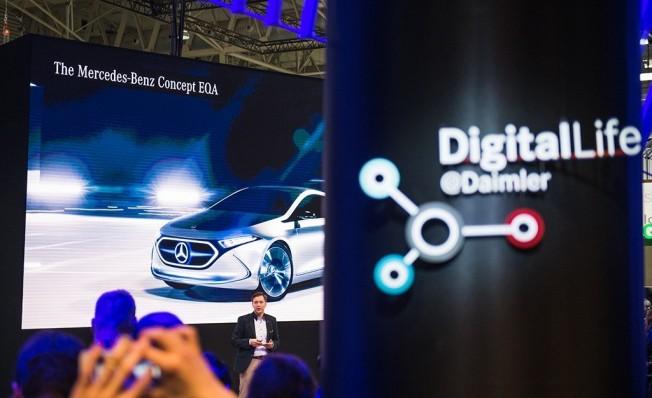 Mercedes-Benz y Smart en el Mobile World Congress 2018