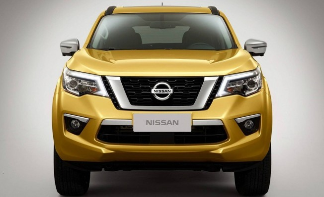 Nissan Terra - frontal