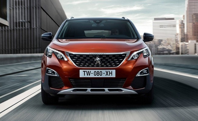 Peugeot 3008 - frontal