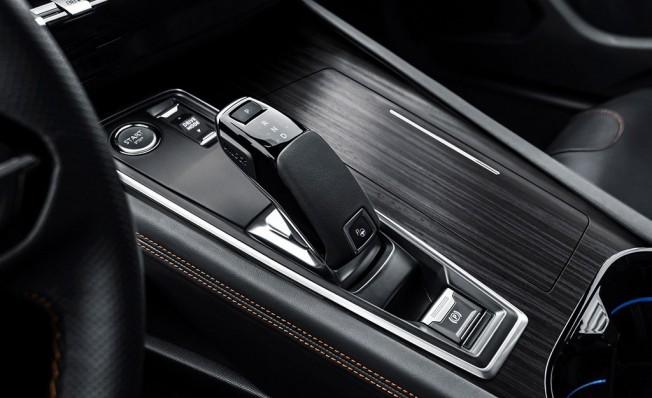 Peugeot 508 2018 - interior
