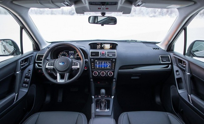 Subaru Forester 2018 - interior