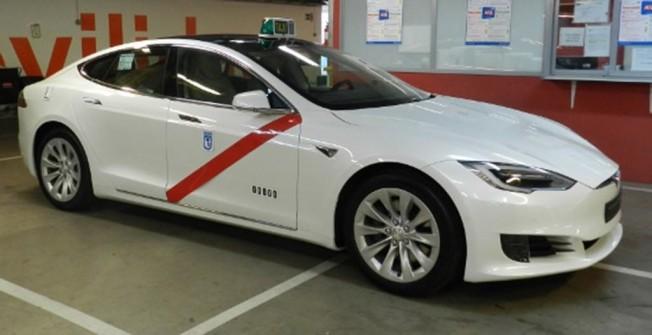 Tesla Model S homologado como taxi en Madrid