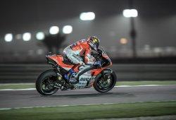 Dovizioso supera a Márquez para ganar el GP de Qatar