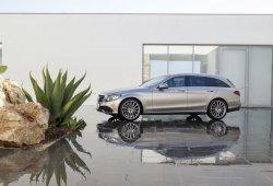 Los actualizados Mercedes Clase C y Clase C Estate 2018 iniciarán sus ventas en abril