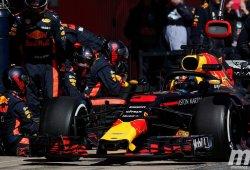 Red Bull presenta sus mejores cartas en el sexto día de pretemporada en el Circuit