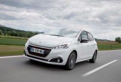 Francia - Febrero 2018: Peugeot mantiene el pulso