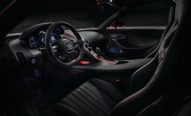 Bugatti Chiron Sport - interior