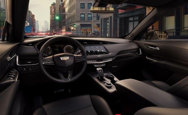Cadillac XT4 2019 - interior