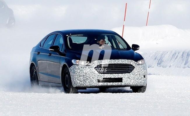 Ford Mondeo 2019 - foto espía
