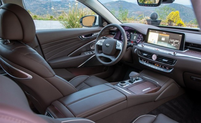 Kia K900 2019 - interior