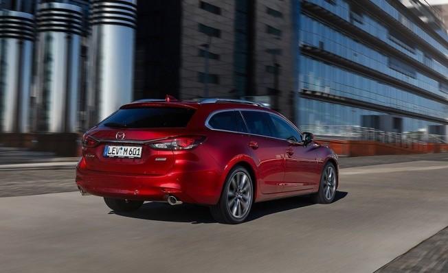 Mazda6 Wagon 2018 - posterior