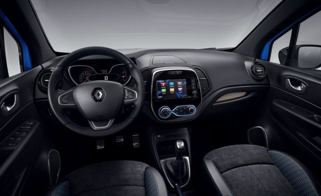Renault Captur S-Edition - interior