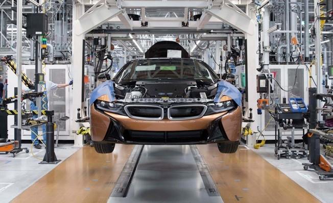 Producción del BMW i8 Roadster