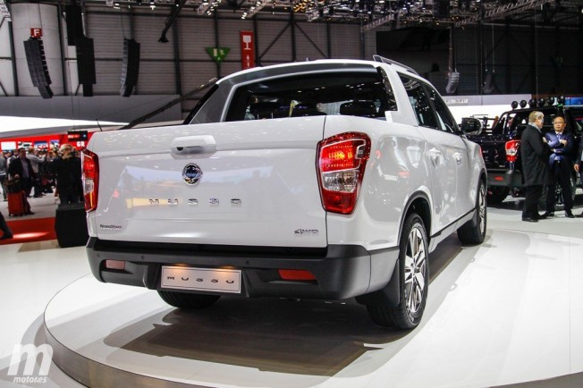 SsangYong Musso 2018 - posterior