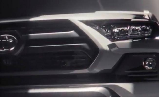 Toyota RAV4 2019 - frontal