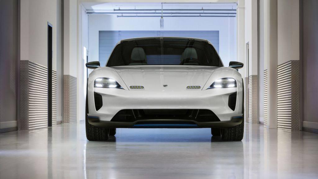 Porsche presenta el Mission E Cross Turismo concept en Ginebra